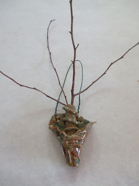 tiny twig holder .jpg