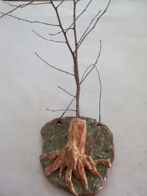 tree trunk twig holder.jpg