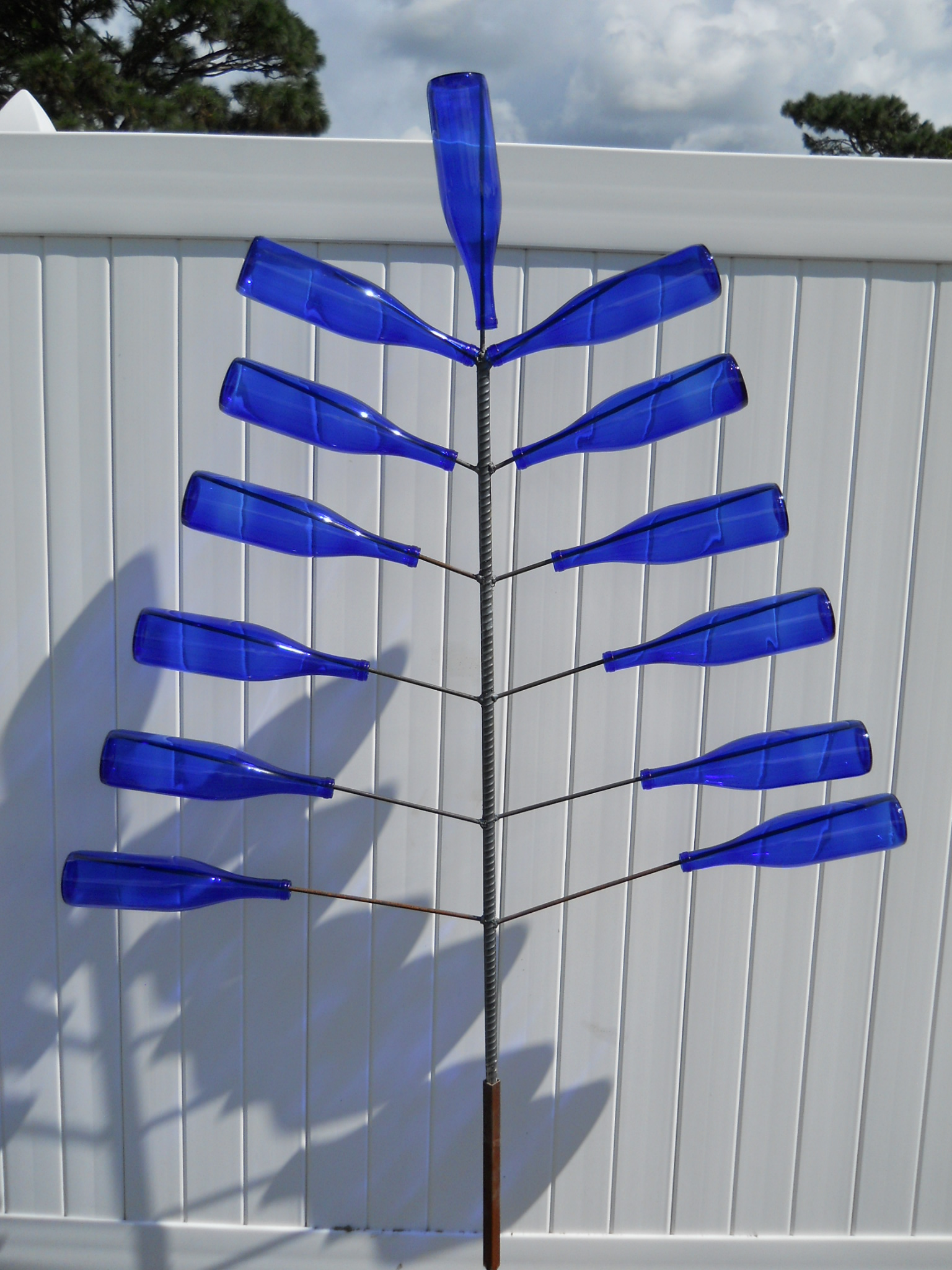 Large-Flat-Stanely-Bottle-Tree